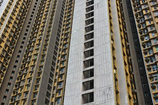 Leasing immobiliare: sulla lite per l'accertamento di interessi usurari può decidere l'Arbitro